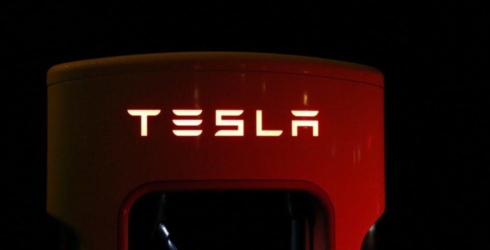 La voiture connectée signée Tesla